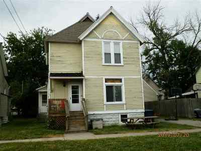 Bay City Multi Family Home For Sale: 203 N Dewitt
