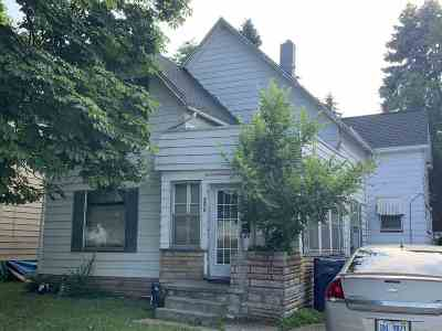 Bay City Multi Family Home For Sale: 806 S Monroe