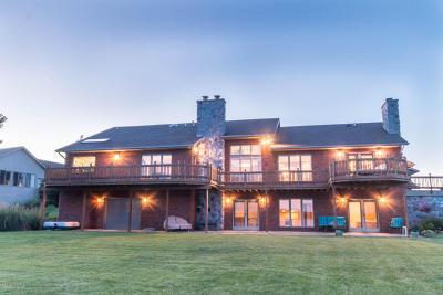 St. Joseph County Single Family Home For Sale: 25481 Island View Lane