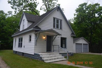 Benton Harbor MI Single Family Home Sold: $28,500