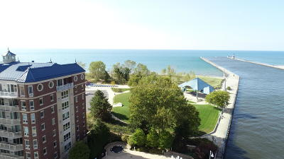 St. Joseph Condo/Townhouse For Sale: 200 Lake Street #7B