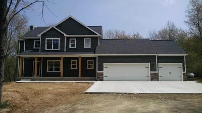 Lowell Single Family Home For Sale: 15 Alden Ridge