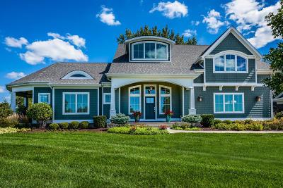 St. Joseph Single Family Home For Sale: 565 Golden Bear Court