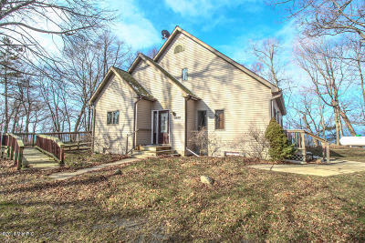 Montague Single Family Home For Sale: 7520 W Roosevelt Road