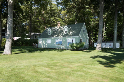 Muskegon Single Family Home For Sale: 2163 Scenic Drive