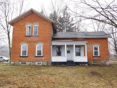 Single Family Home Sold: 1360 N Edon Road