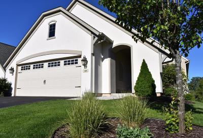 Condo/Townhouse For Sale: 425 Enclave Court SE #29