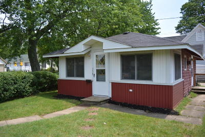 Van Buren County Single Family Home For Sale: 354 North Shore Drive