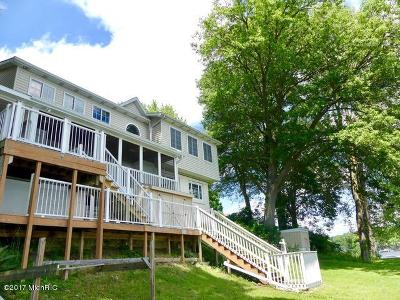Lawton Single Family Home For Sale: 25823 Shore Drive