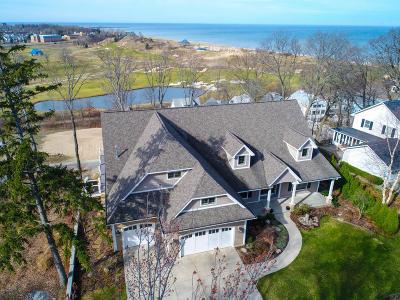 Benton Harbor Single Family Home For Sale: 180 Higman Park Road