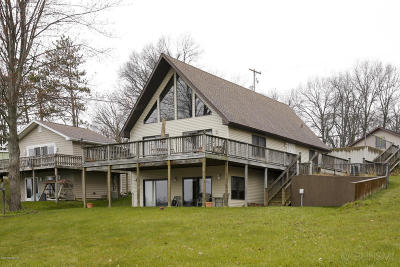 Barry County Single Family Home For Sale: 4905 Lakefront Drive