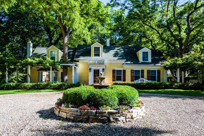 Three Oaks Single Family Home For Sale: 16319 Lakeside Road