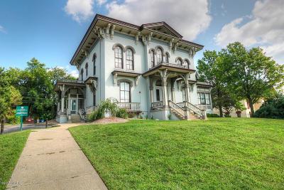 Condo/Townhouse For Sale: 44 Lafayette Avenue NE #2