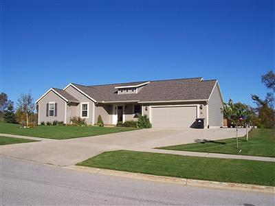 Fremont MI Single Family Home For Sale: $199,000