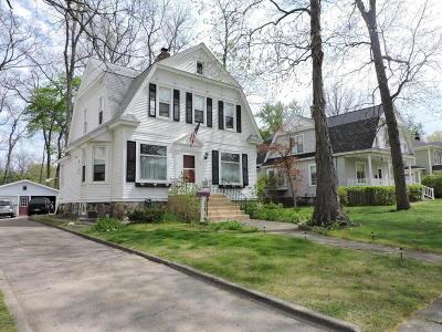 Hillsdale MI Single Family Home For Sale: $129,000