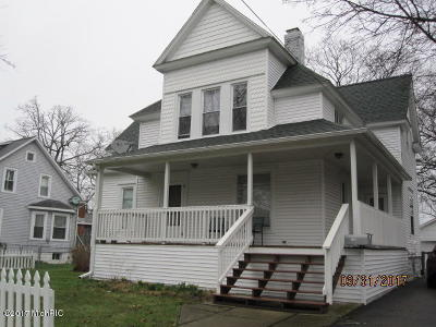 Three Rivers Single Family Home For Sale: 123 N Hooker Avenue