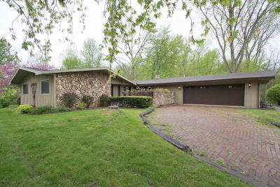 Berrien Springs, Buchanan, Niles, St. Joseph Single Family Home For Sale: 3115 Bacon School Road