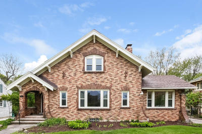 East Grand Rapids Single Family Home For Sale: 521 Plymouth Avenue SE