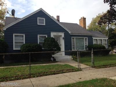 Single Family Home For Sale: 835 Alto Avenue SE