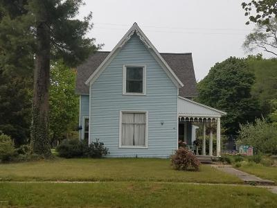 Montague Single Family Home For Sale: 5060 Dowling Street