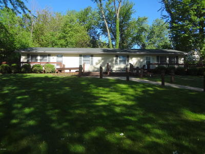 Cassopolis Single Family Home For Sale: 21636 Howell Drive