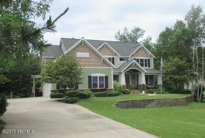 Muskegon Single Family Home For Sale: 6173 Roaring Forks Drive
