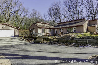 Ada Multi Family Home For Sale: 9185 Vergennes Street SE