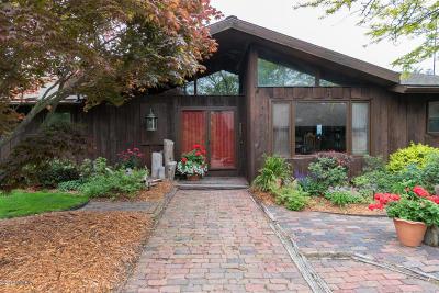Stevensville Single Family Home For Sale: 5280 Pine Lane Path