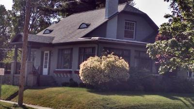 Grand Haven Single Family Home For Sale: 1000 Sheldon Road