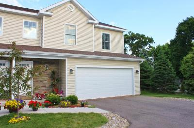 St. Joseph Condo/Townhouse For Sale: 2597 Holiday House Road #18