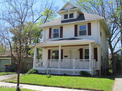 East Grand Rapids Single Family Home For Sale: 351 Gladstone Drive SE