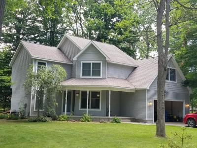 Ludington Single Family Home For Sale: 1854 N Tall Oaks West Drive