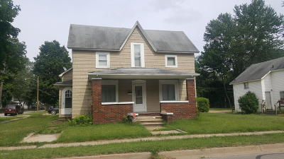 Niles Single Family Home For Sale: 521 N 5th Street