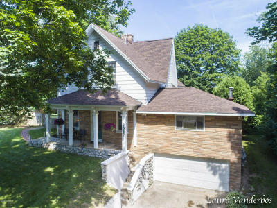 Sparta Single Family Home For Sale: 9552 Sparta Avenue NW
