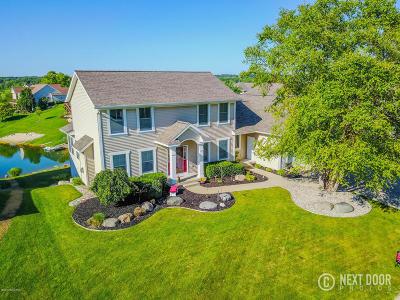 Jenison Single Family Home For Sale: 8876 Cavalier Court
