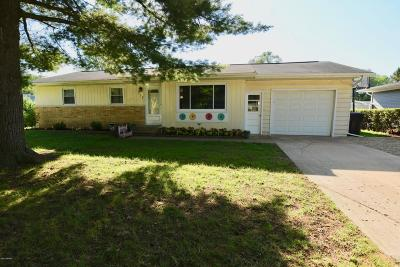 Berrien Springs Single Family Home For Sale: 317 E Washington