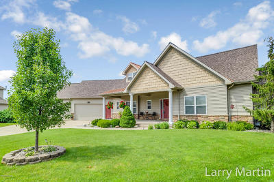 Grandville Single Family Home For Sale: 4241 Limousin Court SW