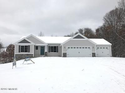 Rockford Single Family Home For Sale: Lot 14 Crowning Acres Court
