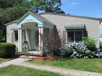 Fennville Single Family Home For Sale: 2190 68th Street