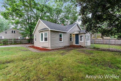 Muskegon Single Family Home For Sale: 1161 S Woodland Street