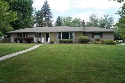 Kalamazoo Single Family Home For Sale: 2310 Chevy Chase Boulevard