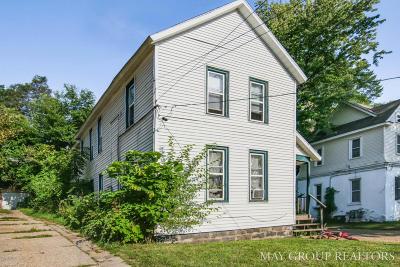 Multi Family Home For Sale: 826 Prospect Ave NE NE
