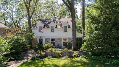 East Grand Rapids Single Family Home For Sale: 935 Rosewood Drive SE