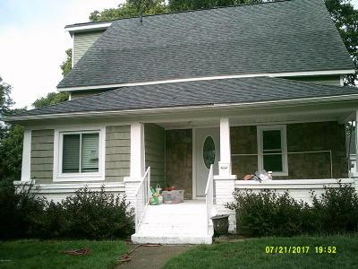 Grandville Single Family Home For Sale: 3253 Chestnut SW