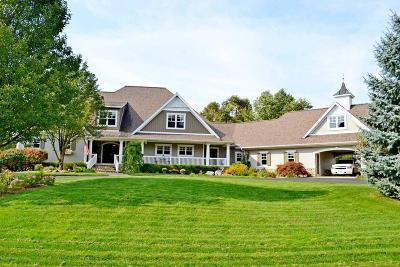 Grandville Single Family Home For Sale: 5853 Stonebridge Drive