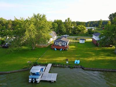 Grant Single Family Home For Sale: 863 Hess Lake Drive