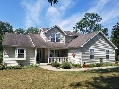 Baroda Single Family Home Active Contingent: 7680 Stevensville- Baroda