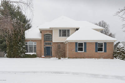 Portage Single Family Home For Sale: 7636 Dunross Drive