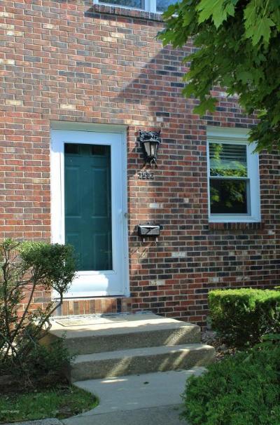 St. Joseph Condo/Townhouse For Sale: 2502 Bristol Terrace #64