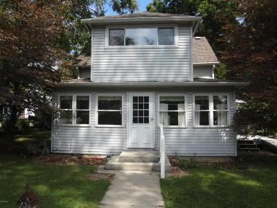 Cassopolis Single Family Home For Sale: 22256 Ash Street